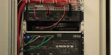 Netzwerktechnik & Hausrufanlage